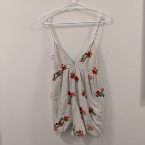 Urban Outfitters Floral Romper Size S